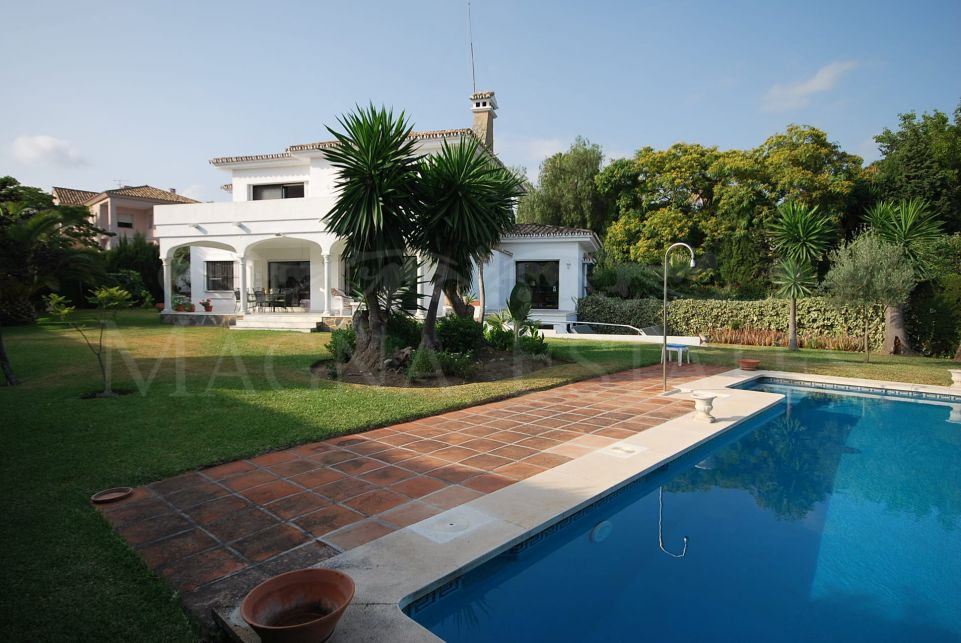 Beautiful villa in Nueva Andalucia