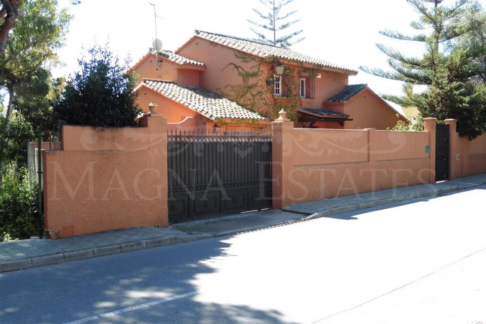 5 bedroom villa in the center of Marbella