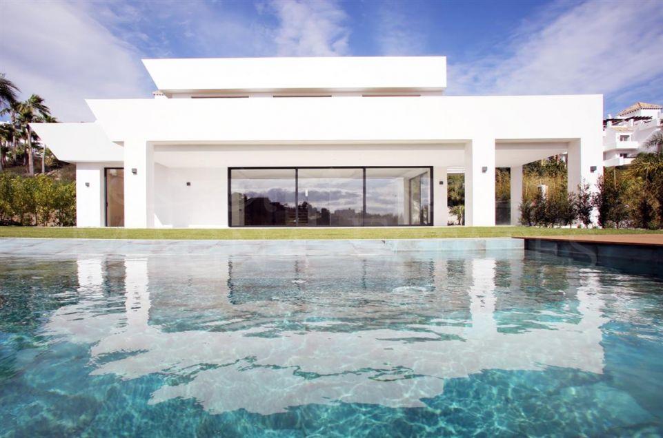 Spectacular contemporary villa in La Alquería