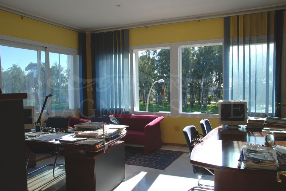 Bussiness premises for an office, Guadalmina, Marbella