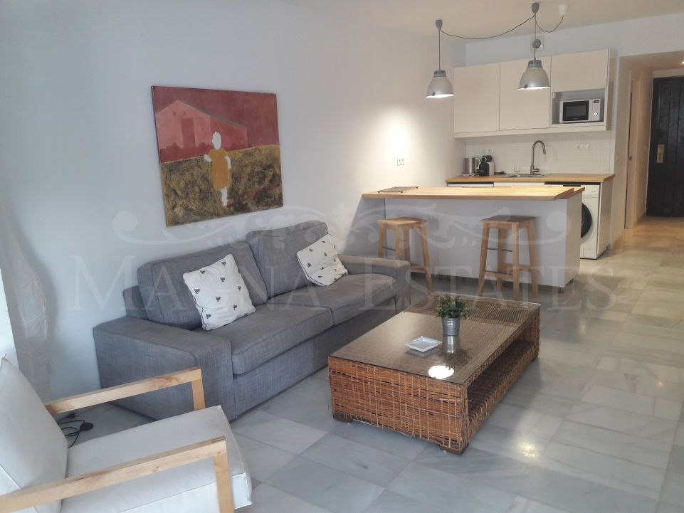 Renovated apartment in the heart of Puerto Banús