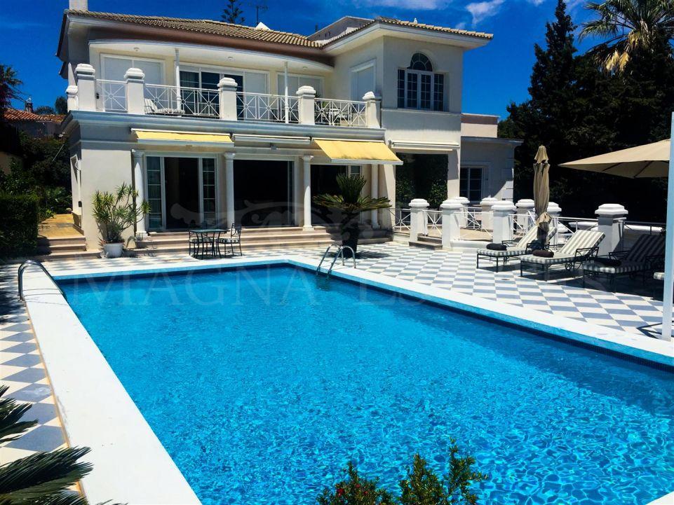 Especially unique villa in Puerto Banus - Nueva Andalucía