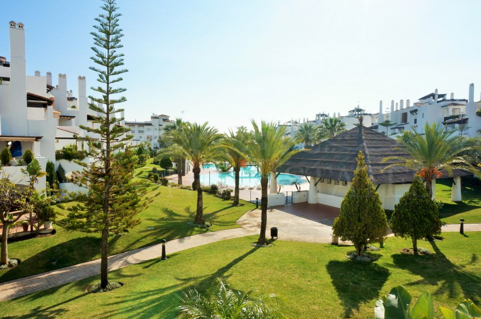 Two bedroom apartment on the seafront of San Pedro Alcántara