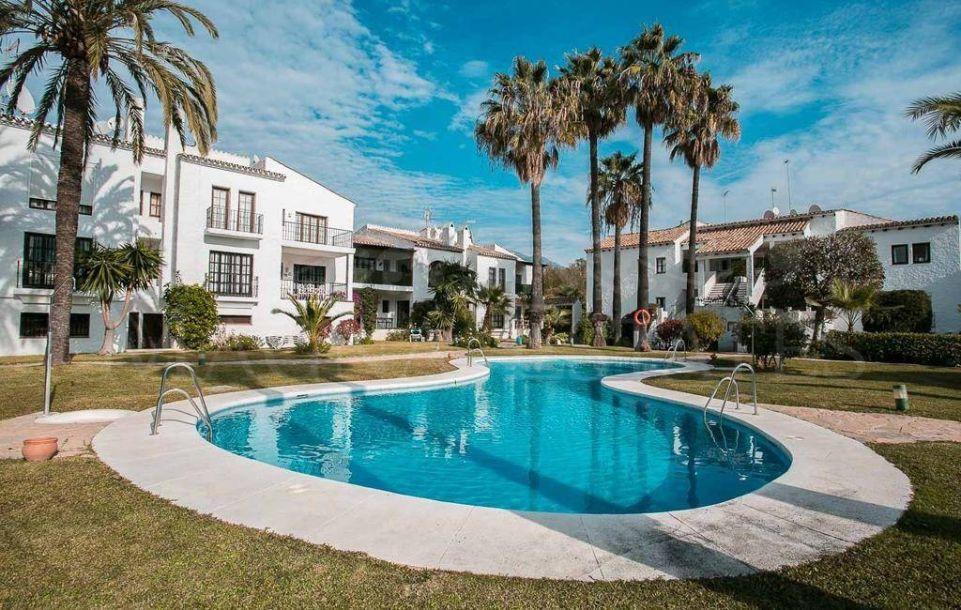 4 bedroom apartment in Nueva Andalucía, area Aloha - Las Brisas