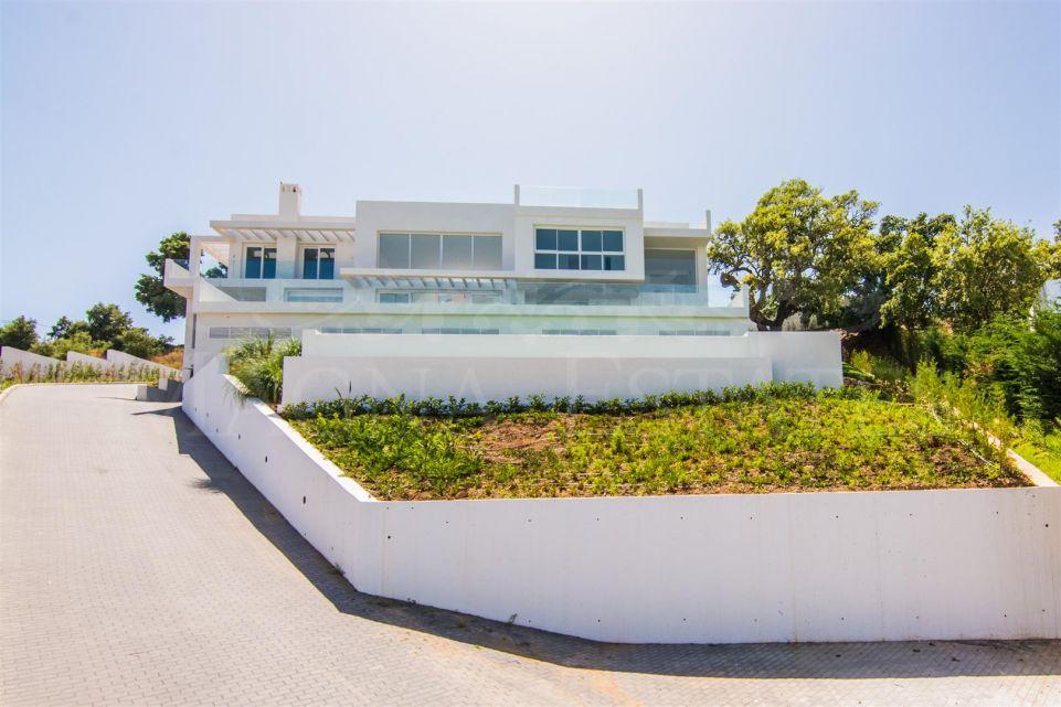 Spectacular Villa In La Mairena, Marbella