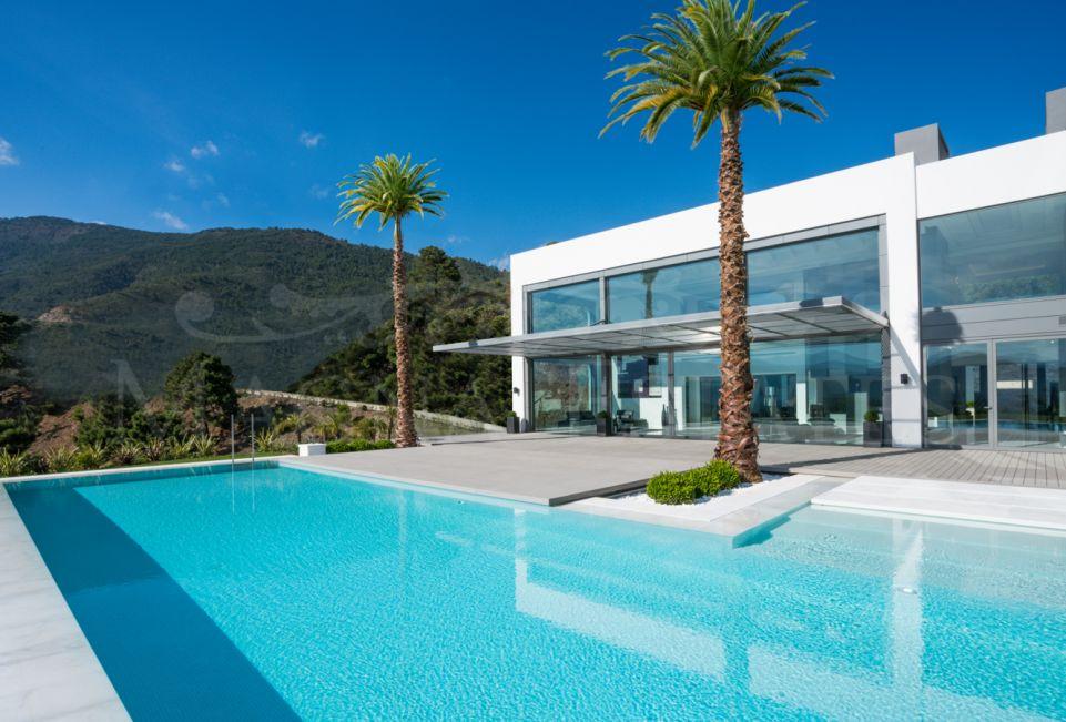 Dream villa and high design in La Zagaleta