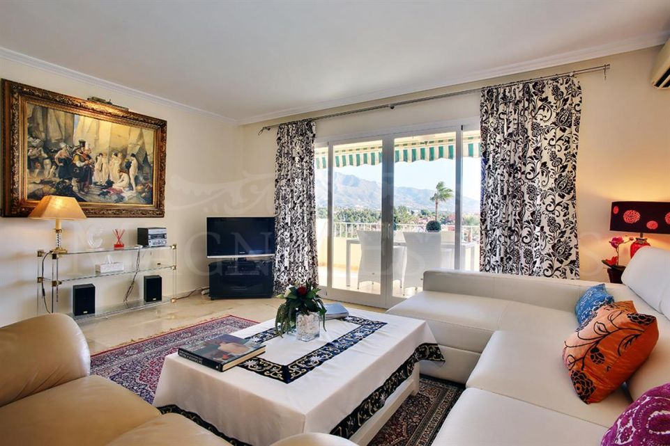 3 bedroom apartment in the center of Nueva Andalucia, Marbella