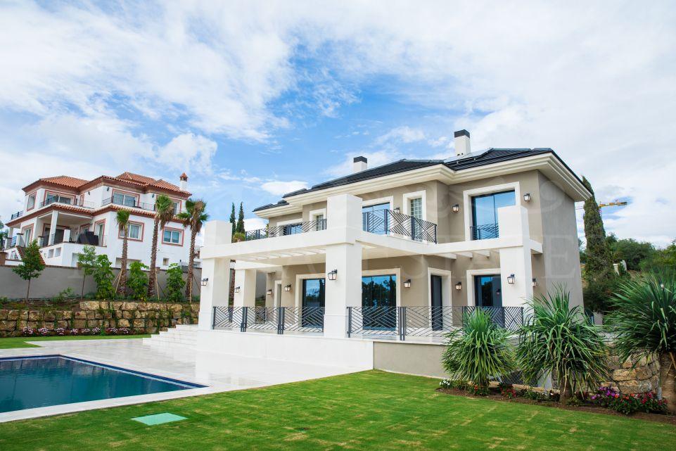 Excepcional villa a estrenar en Los Flamingos Golf, totalmente amueblada