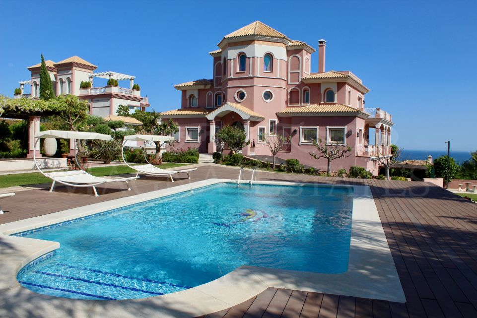 Majestic villa at Los Flamingos Golf Resort, Estepona