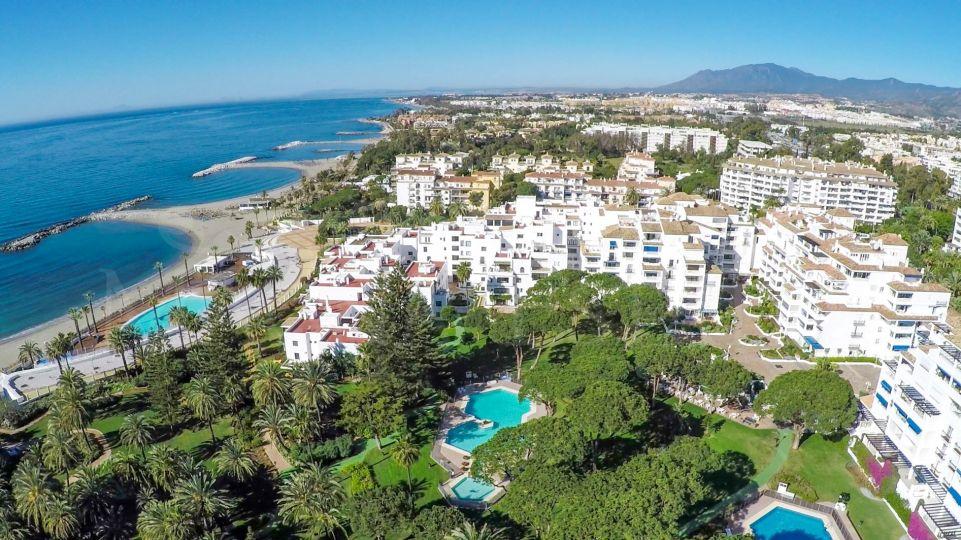 Apartamento en Playas del Duque, en pleno Puerto Banús