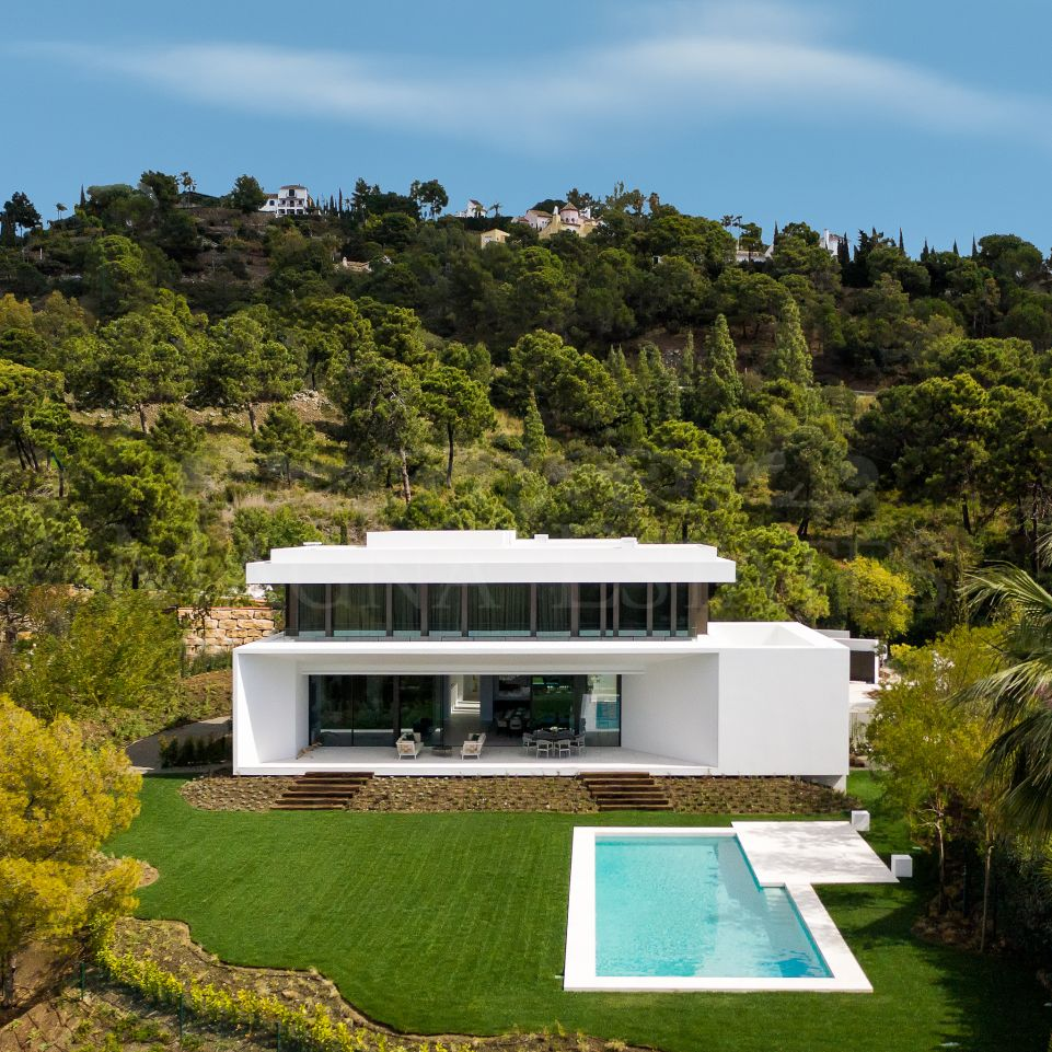 Villa in full nature and close to all services