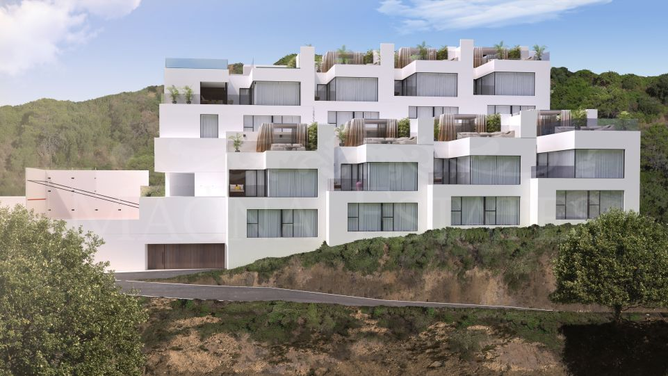 Brand new duplex apartments in the center of Benahavís