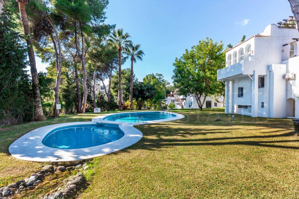 Charming family villa in Atalaya de Rio Verde, Nueva Andalucia, Marbella