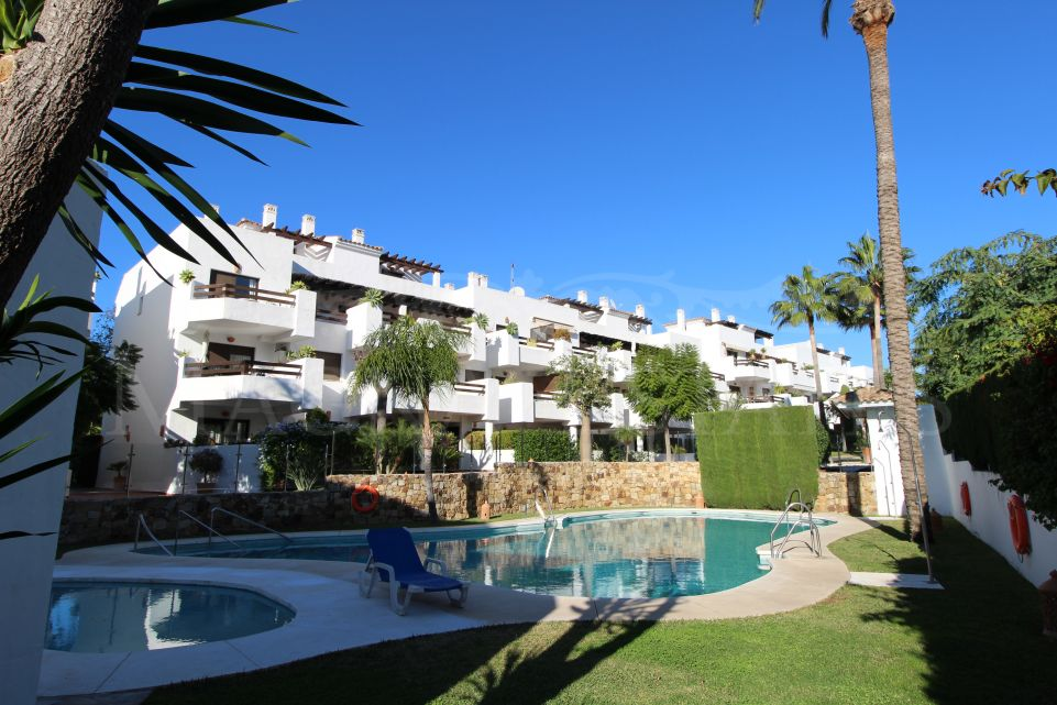 Duplex penthouse completely renovated in Costalita, Estepona