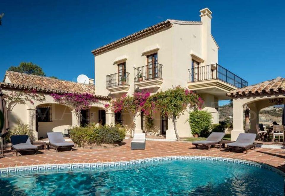 Extraordinaria villa en El Herrojo Alto, en La Quinta, Benahavís