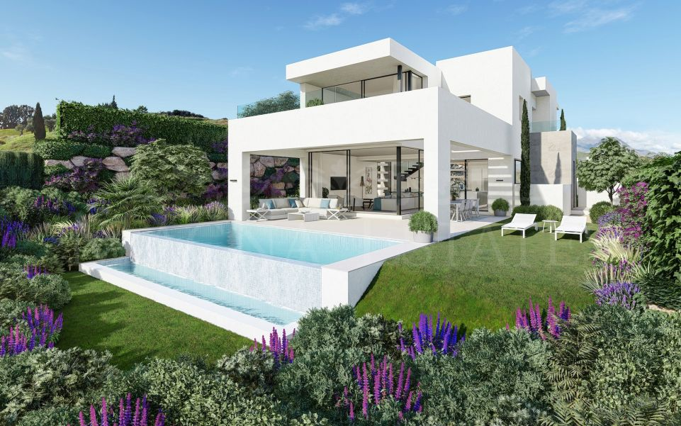 Contemporary design villas on the first line of Estepona Golf