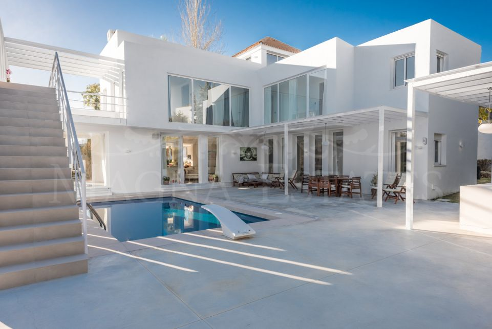 Villa totalmente reformada en Nueva Andalucía, Marbella