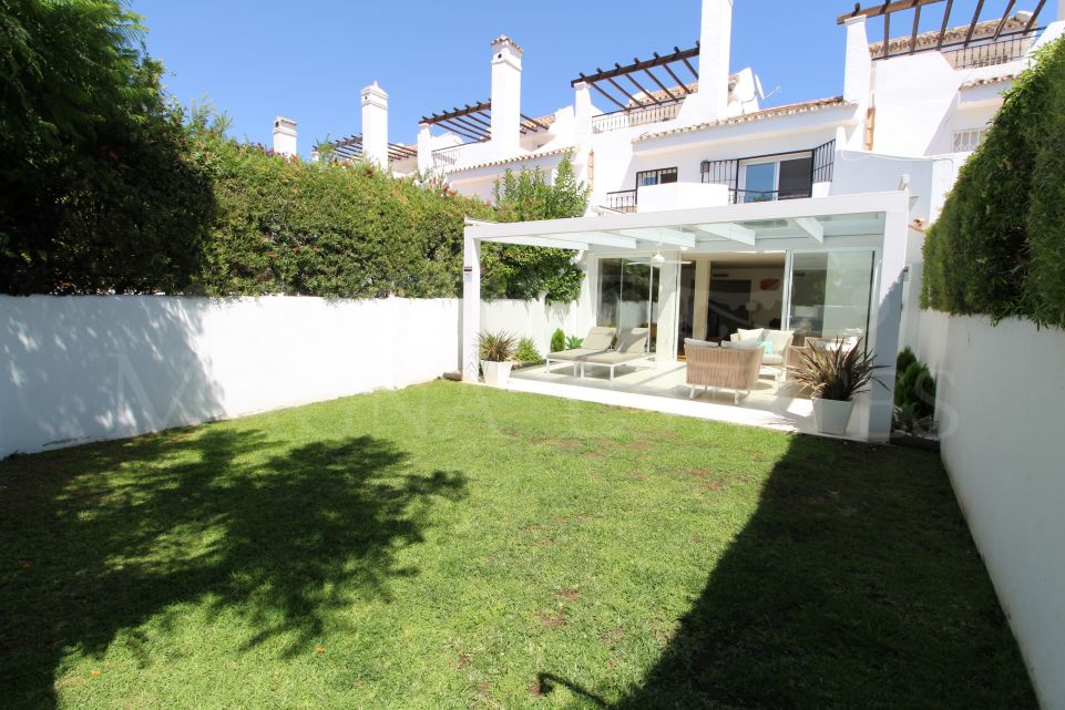 Beautiful townhouse fully renovated in Nueva Andalucía