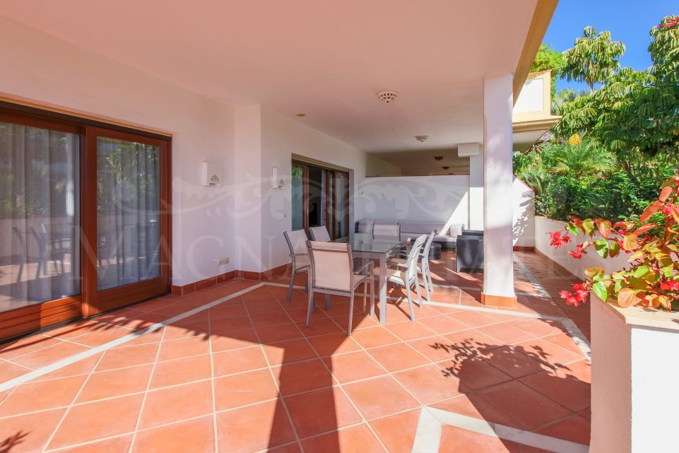 Luxury apartment on the Golden Mile of Marbella