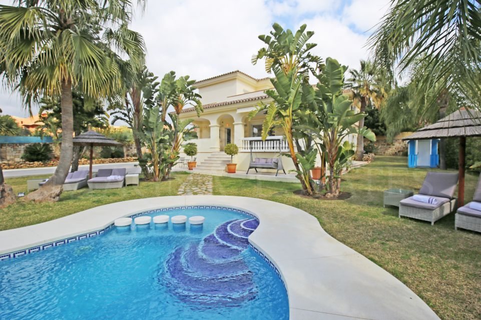 Exclusive villa in Bel Air, Estepona, next to Los Flamingos Resort