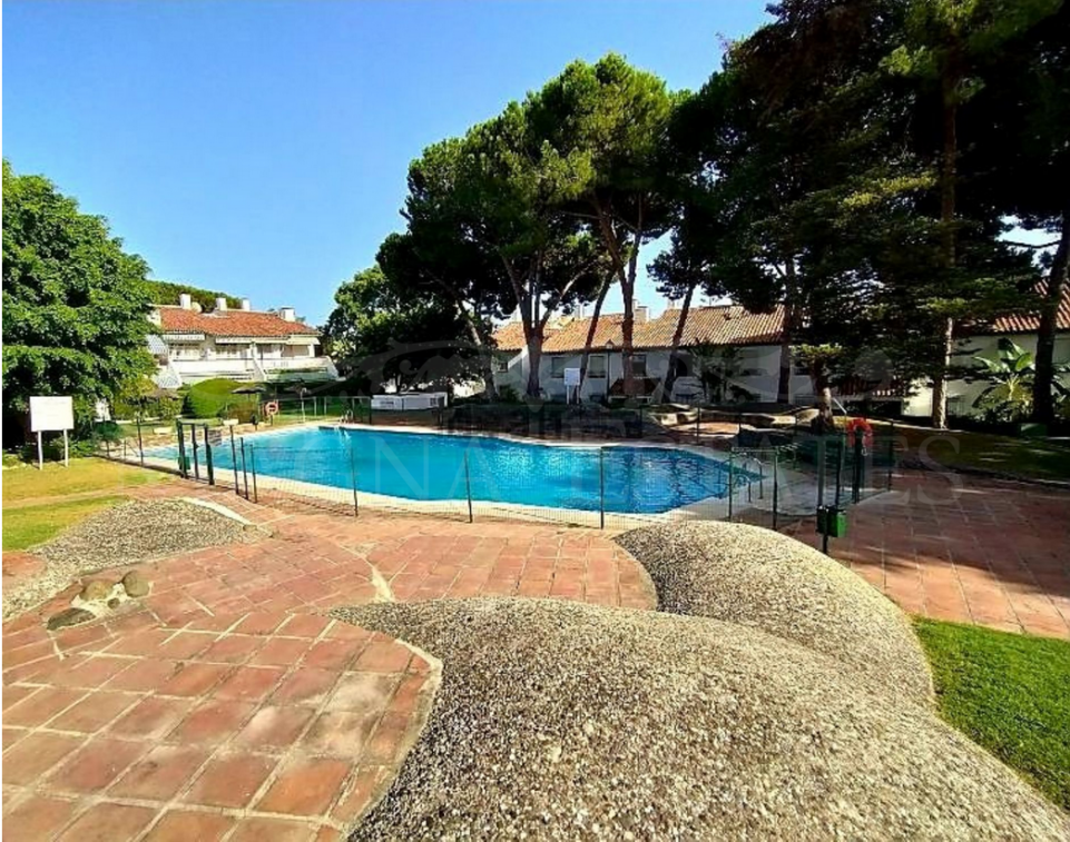 Apartamento recién renovado en la zona de Nagüeles, Marbella