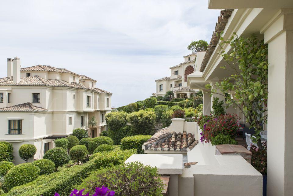 Apartamentos en el resort Capanes del Golf en Benahavis