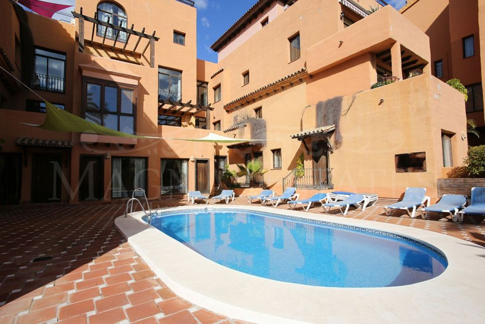 Apartment 5 minutes walk from the beach between Marbella and Estepona