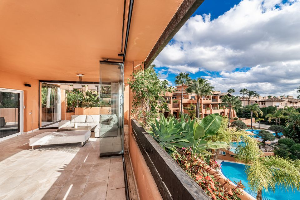 6 bedroom double apartment in the heart of Sierra Blanca, Marbella