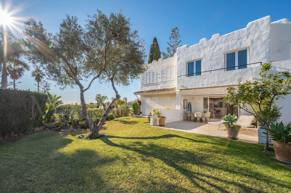 Casa adosada en Peñablanca, Aloha Golf – Nueva Andalucía