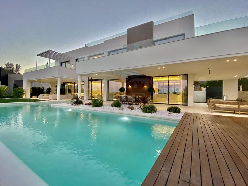 Modern and spacious villa in La Quinta, Benahavís
