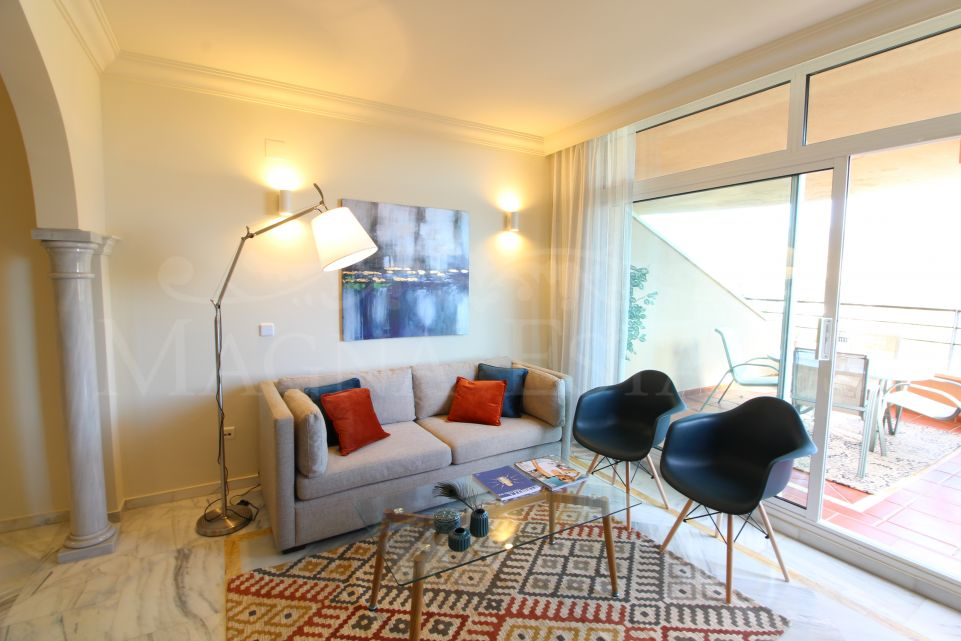 Apartment for long term rental in Magna Marbella, with 2 bedrooms and newly furnished!