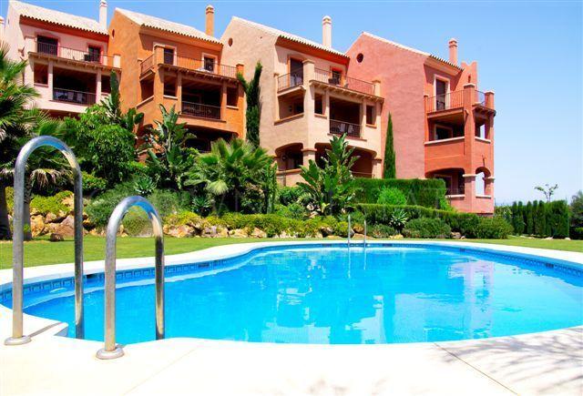 VASARI VILLAGE MANILVA - Luxury Apartments