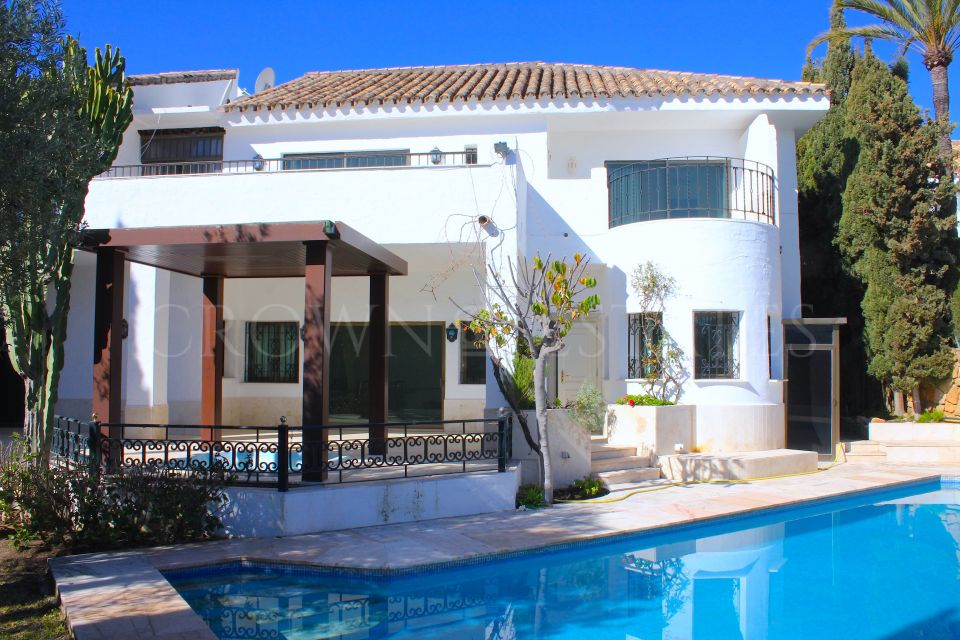 Beautiful villa in Golden Mile, Marbella