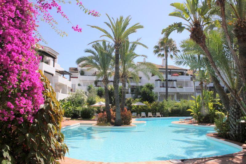 Apartment for sale in Puente Romano, Marbella Golden Mile