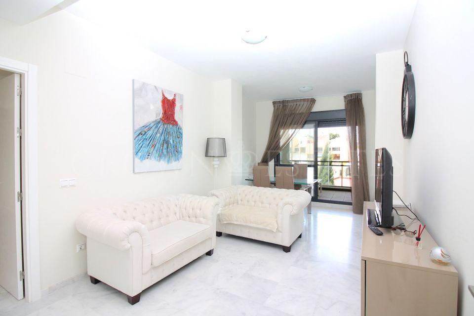 Apartment for sale in Guadalmansa Playa, Estepona