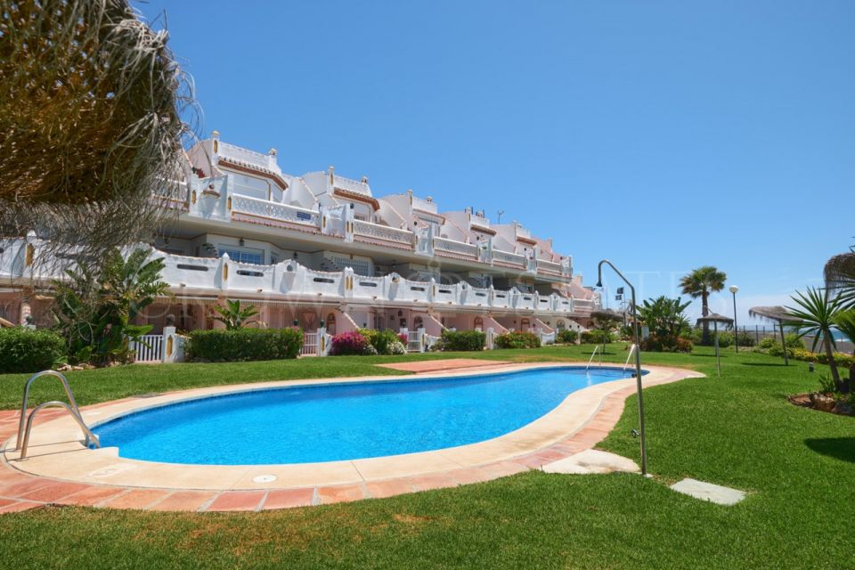 Penthouse for sale in Calahonda, Mijas Costa