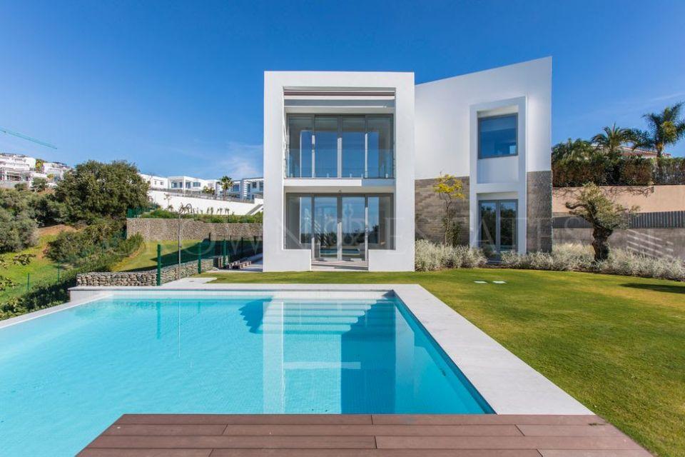 Brand NEW modern villa in Santa Clara,Marbella