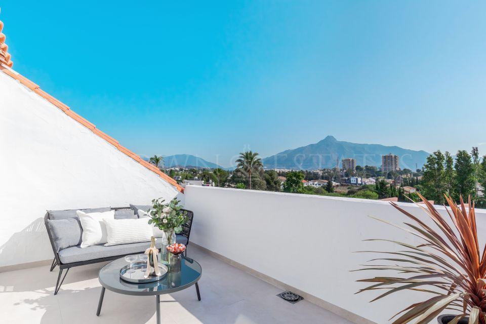 Luxury penthouse in Nueva Andalucia, Marbella