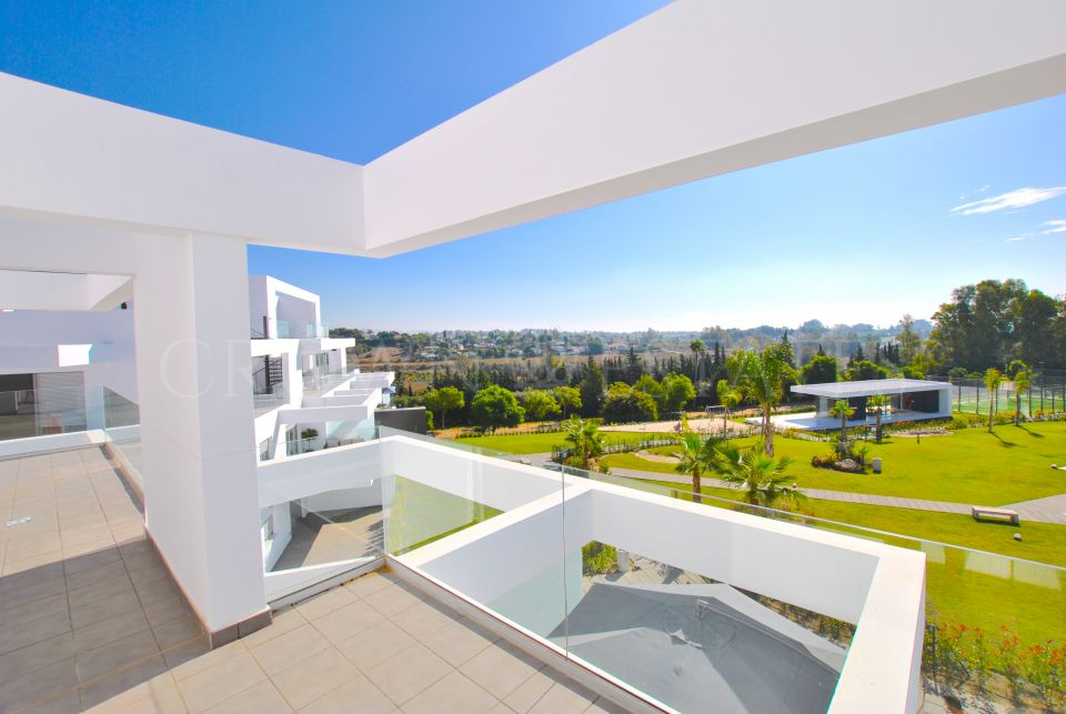 Duplex Penthouse for sale in Atalaya, Estepona