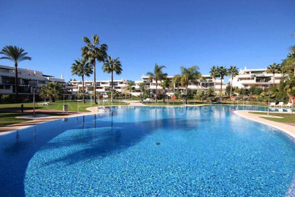 Fantastic penthouse in Puerto Banus,Marbella