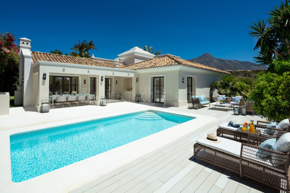 Exquisite new villa nestled in the heart of Nueva Andalucia,Marbella!