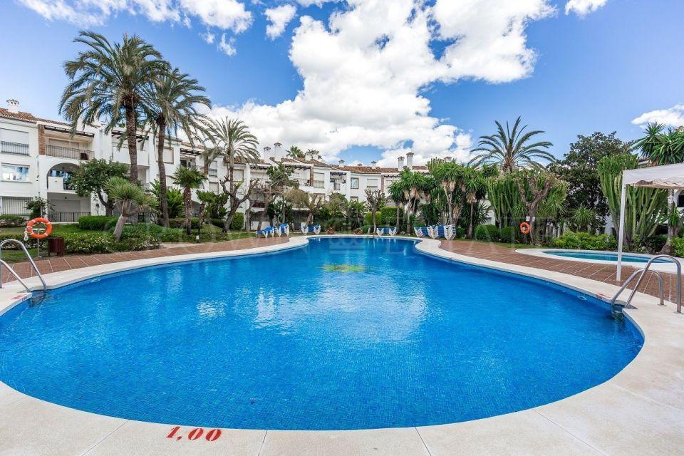 Beautiful beachside apartment in Estepona