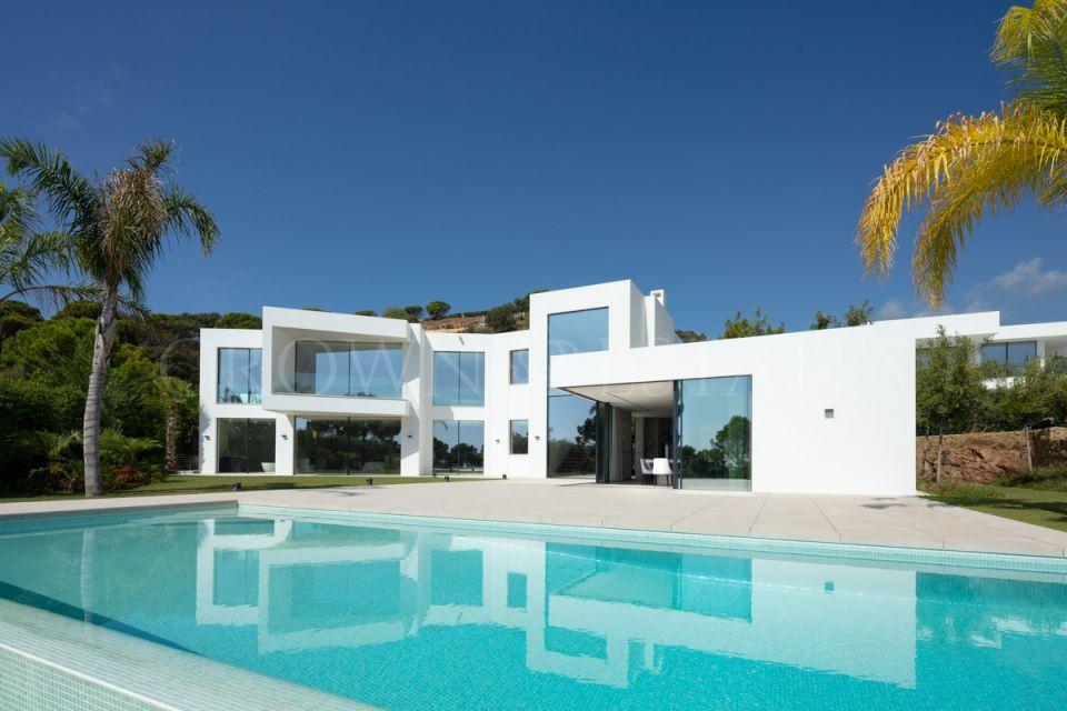 Modern villa en El Madroñal, Benahavis