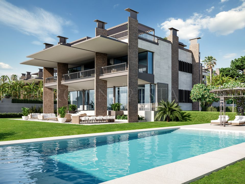 Los Palacetes de Banus, 8 stunning and elegant villas walking distance to Puerto Banús.