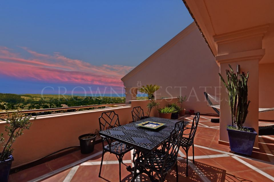 Duplex Penthouse for sale in Albatross Hill, Nueva Andalucia