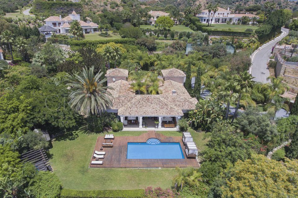 Villa for sale in Vega del Colorado, Benahavis
