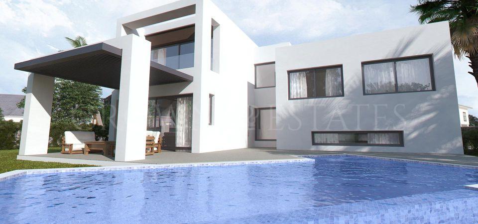 Villa for sale in Mirador del Paraiso, Benahavis