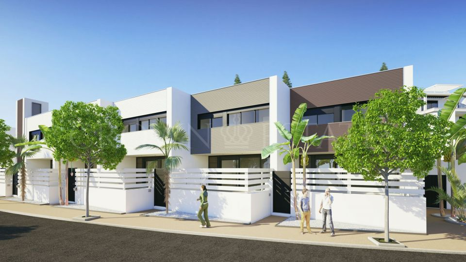 Town House for sale in New Golden Mile, Estepona