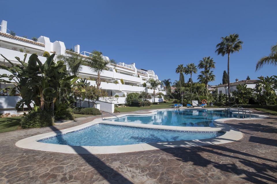 Apartment for sale in Bahia Real, Marbella East