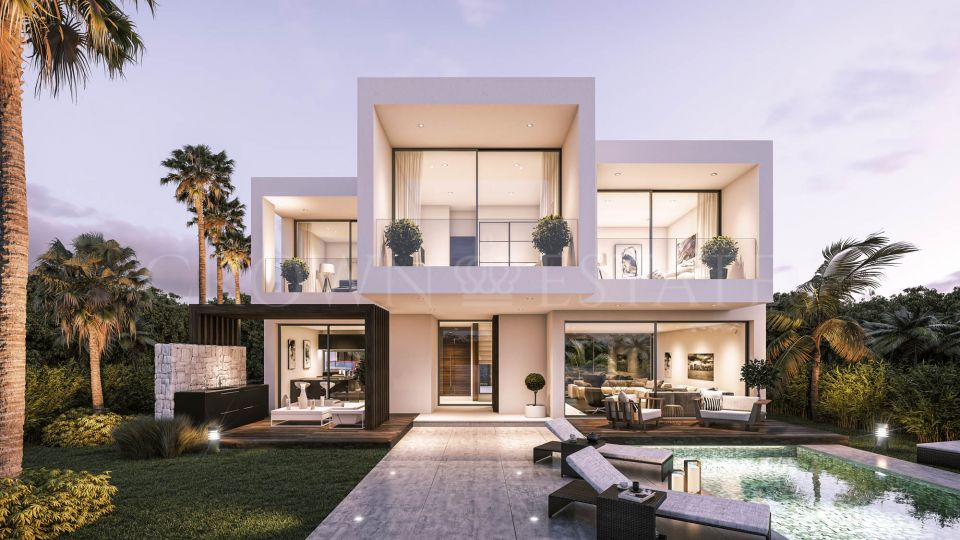 Villa for sale in La Boladilla Alta, Estepona